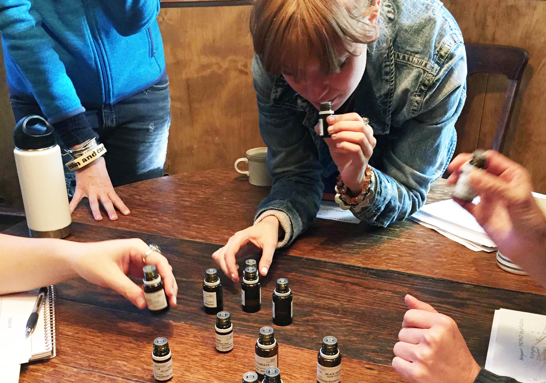 Boston-School-of-Herbal-Studies-Aromatherapy.png