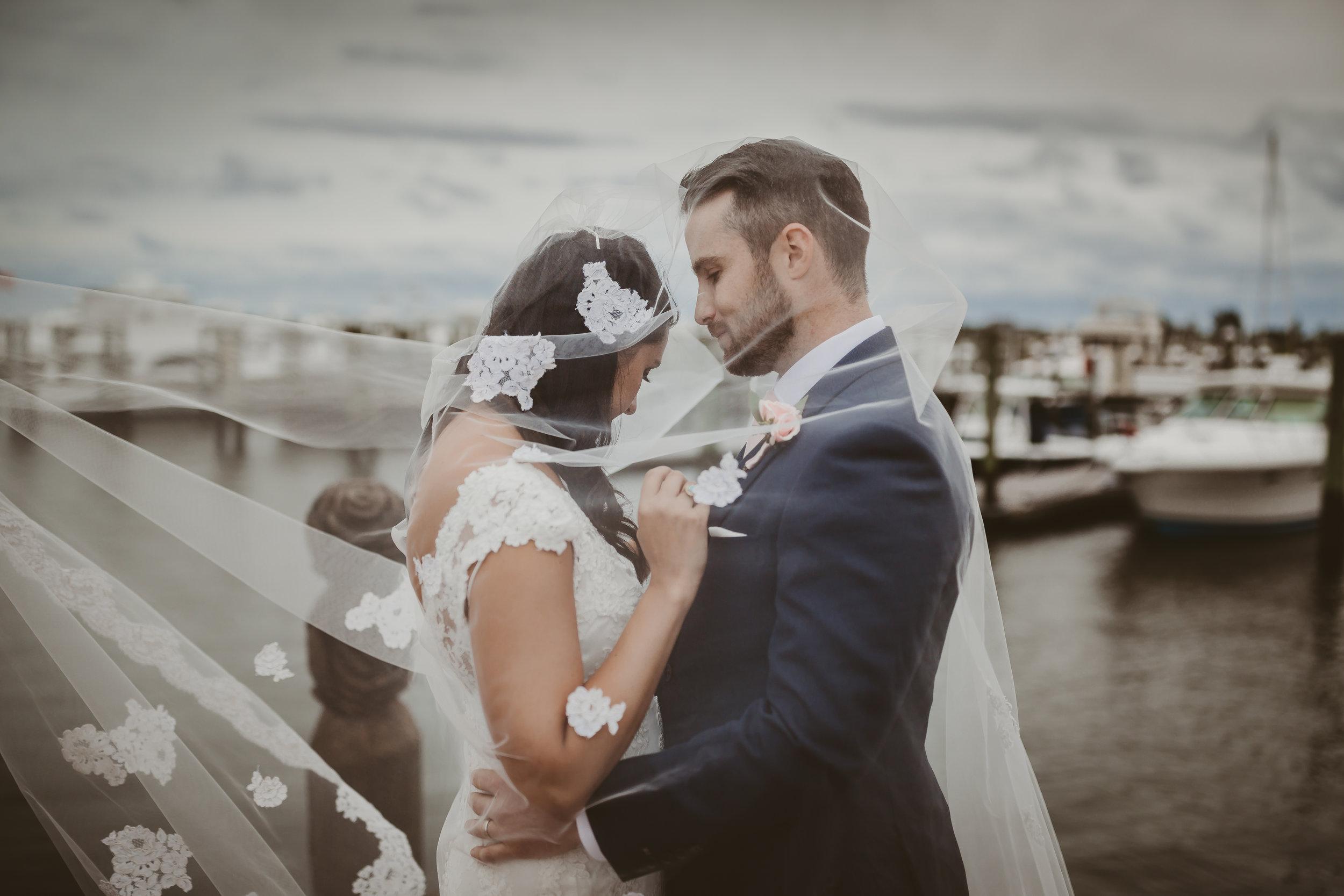 Romano_Mr&Mrs-7701.jpg