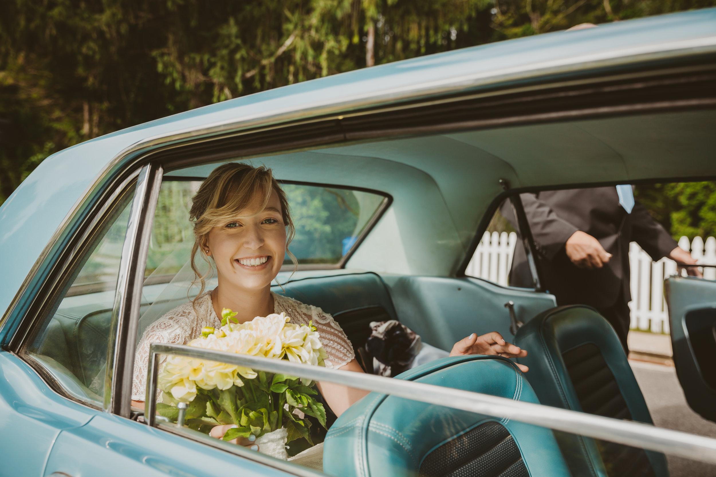 LJ_Mr&Mrs-0475.jpg