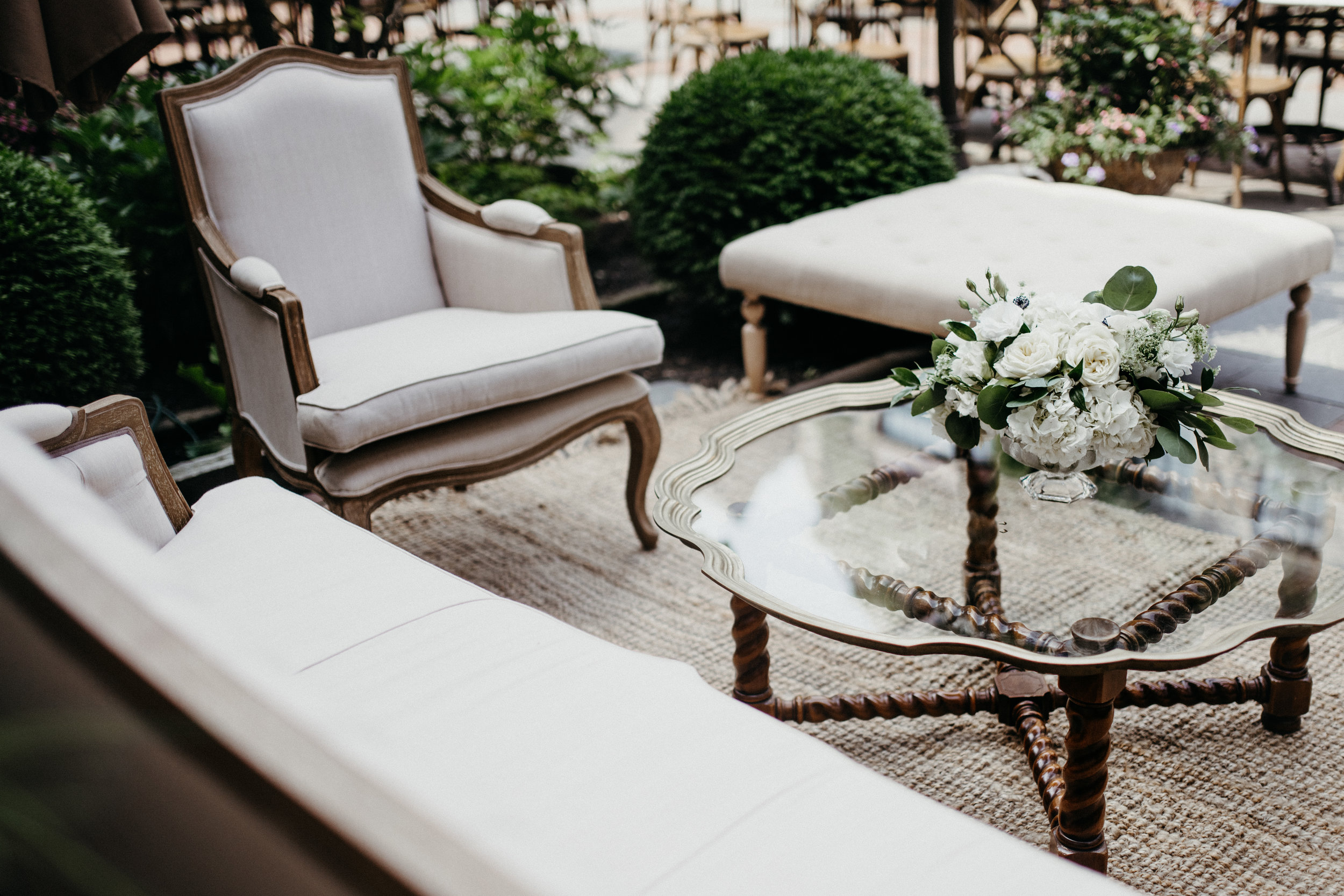 Photo Cred:  JennMarie Wedding Photography.  Styling:  Ellie Styled of Lake Forest  Venue:  DeerPath Inn