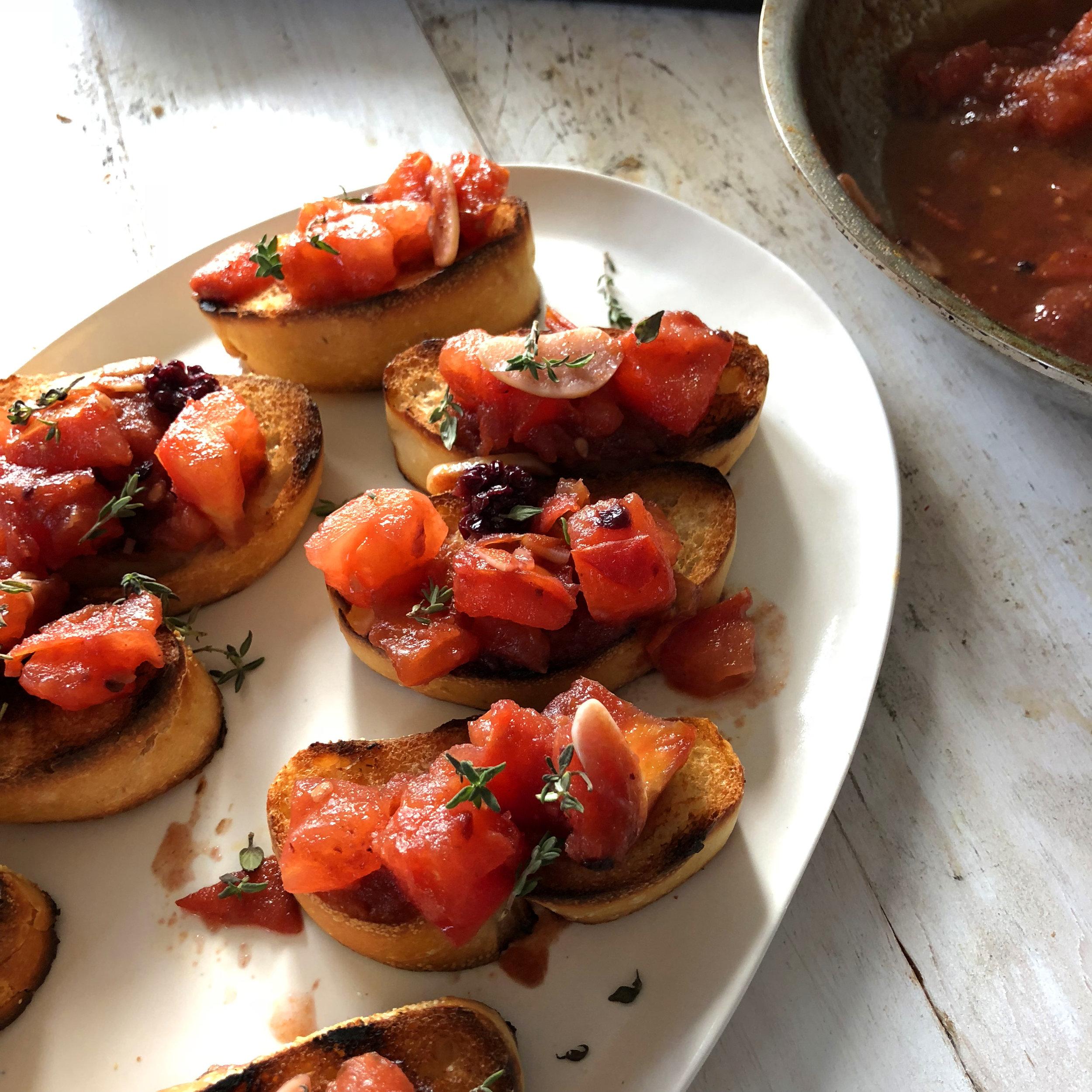 Tomato Garlic Crostini BIG.jpg