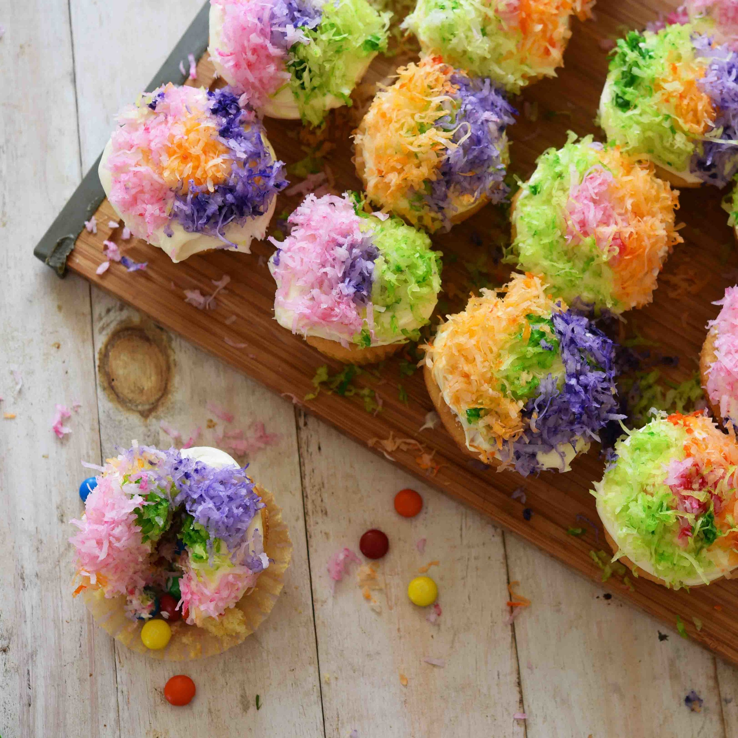 Pinata Cupcakes 11.jpg