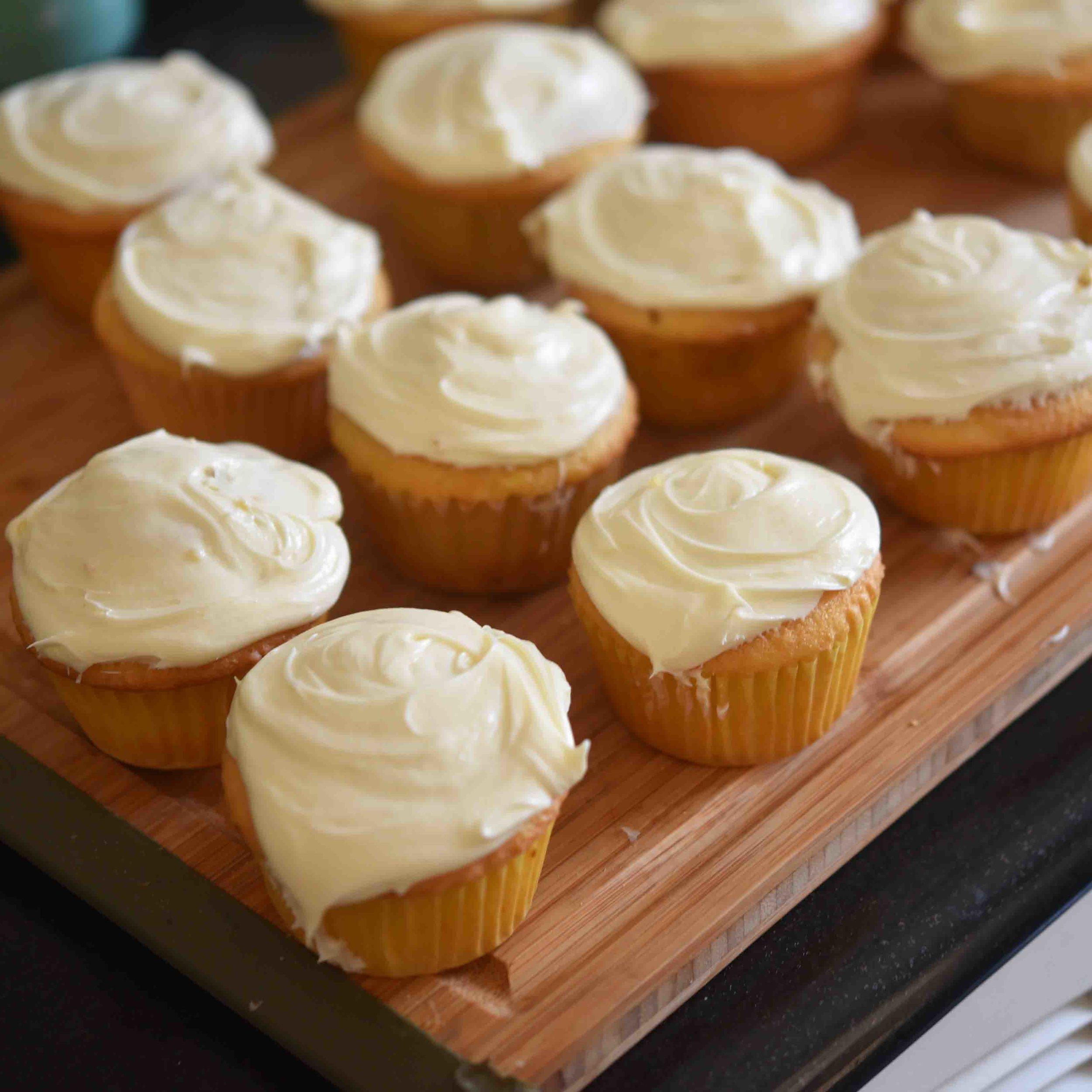 Pinata Cupcakes 8.jpg