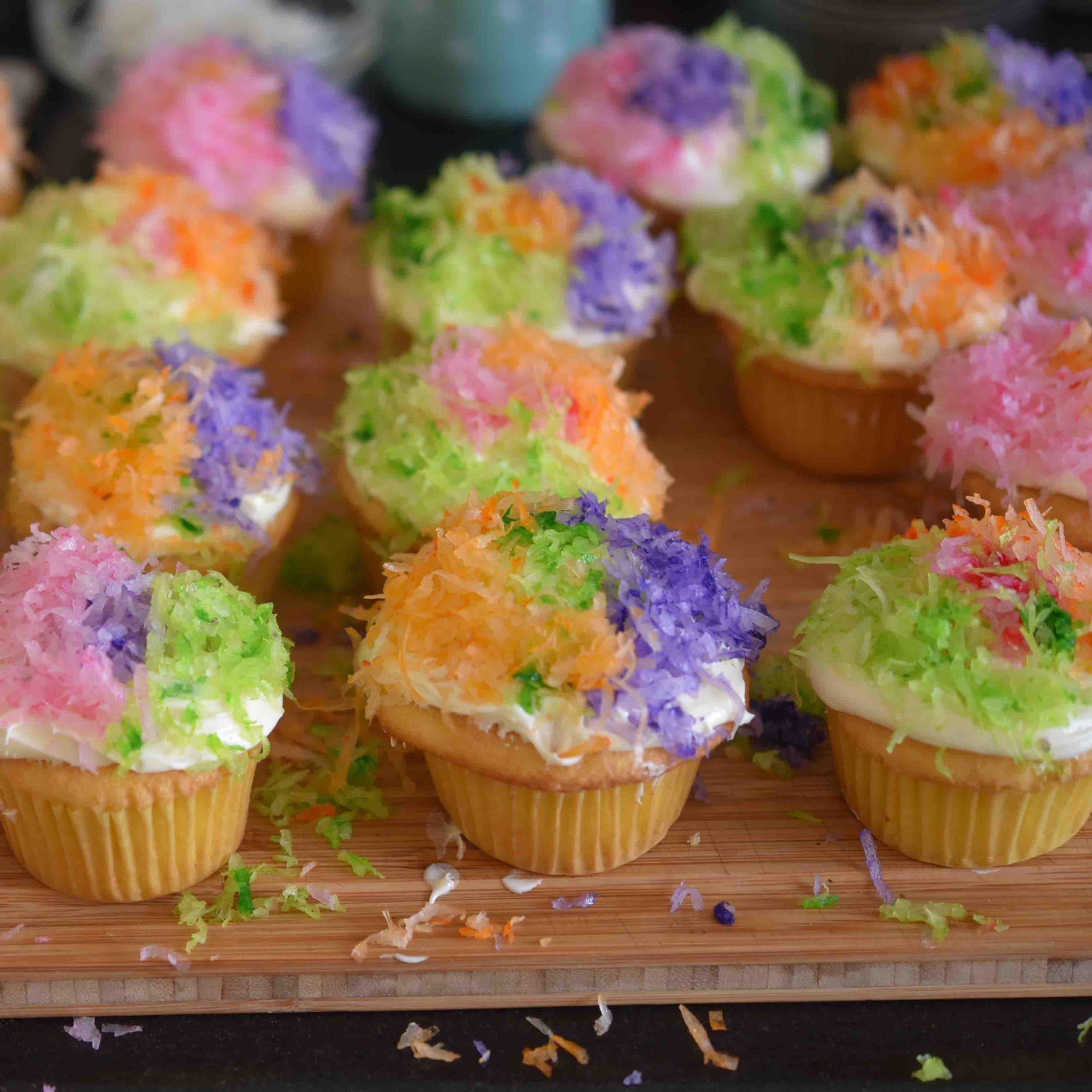 Pinata Cupcakes 9.jpg