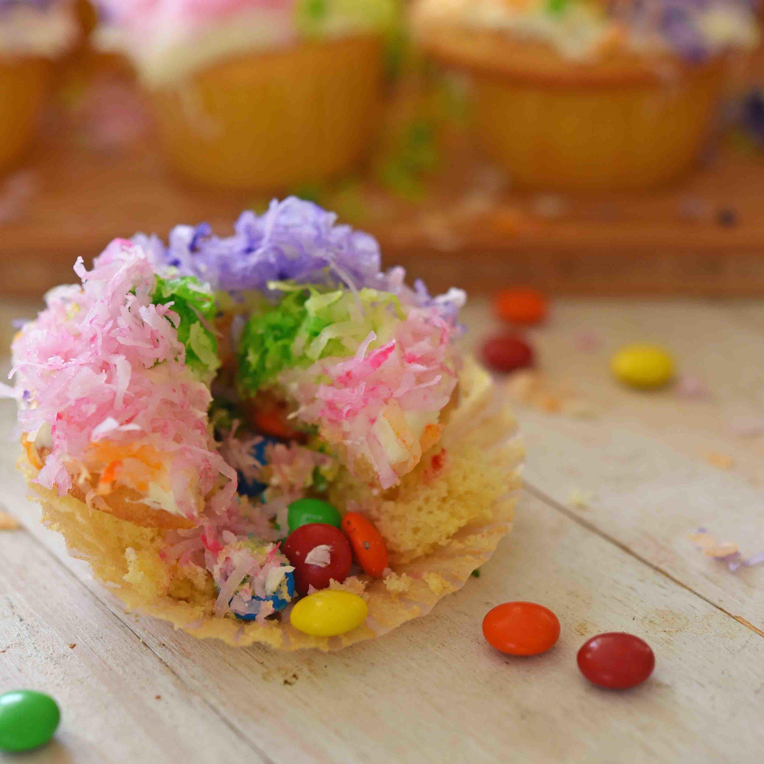 Pinata Cupcakes 10.jpg