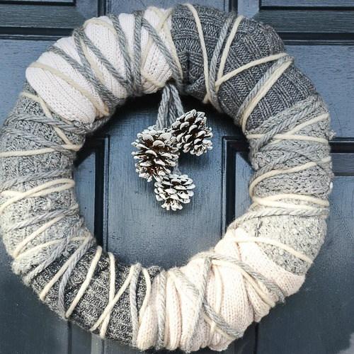 WARM-WINTER-SWEATHER-WREATH-front-door-stonegableblog-2.jpg