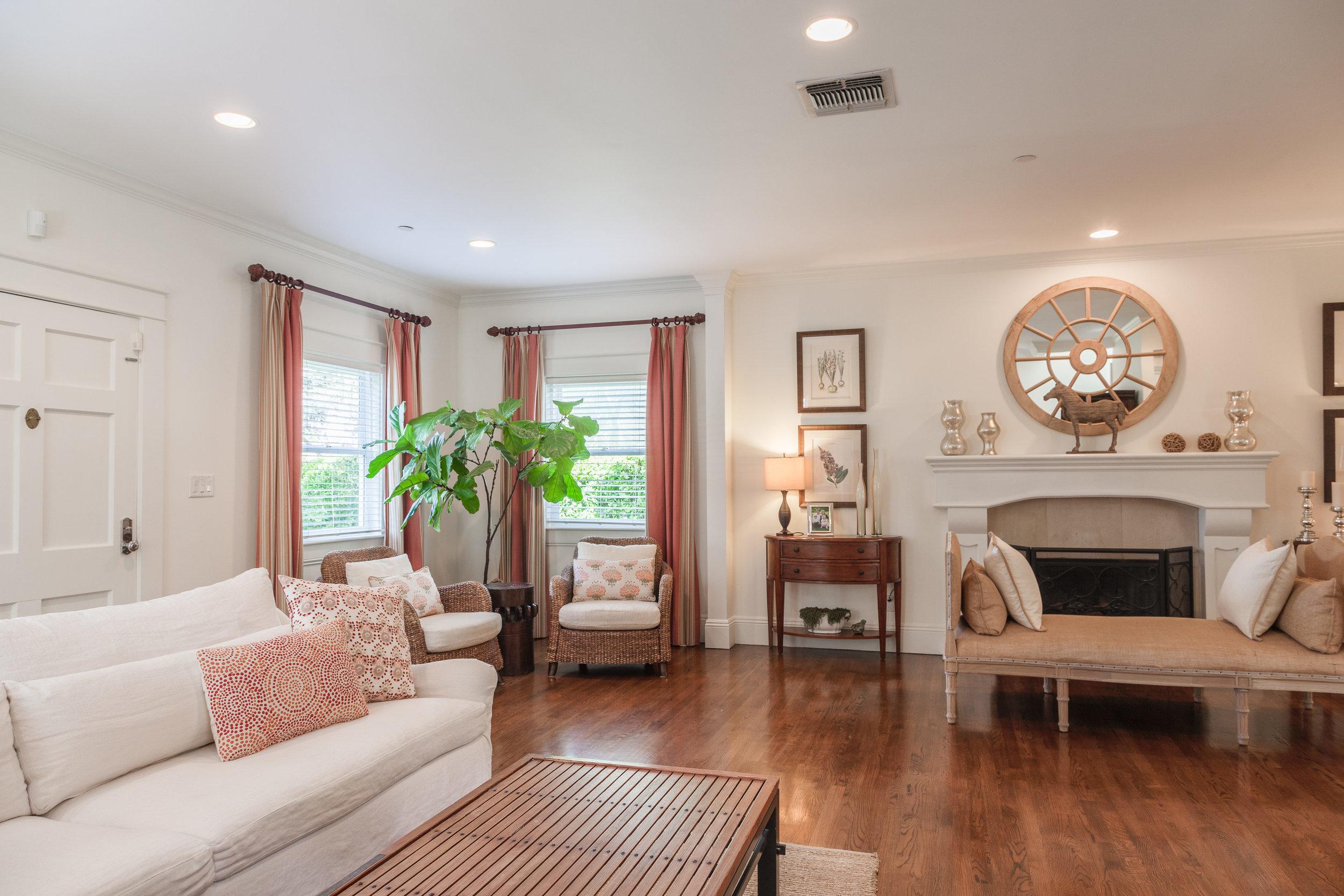 3163 La Suvida Dr Los Angeles-print-004-Living Room-4200x2800-300dpi.jpg