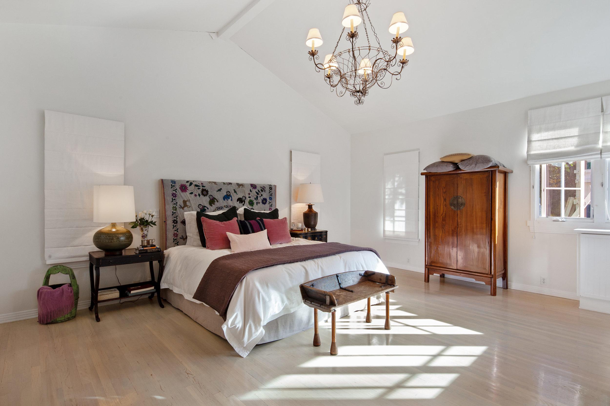 11630 Acama St Studio City CA-print-014-6-Master Bedroom-4200x2800-300dpi.jpg