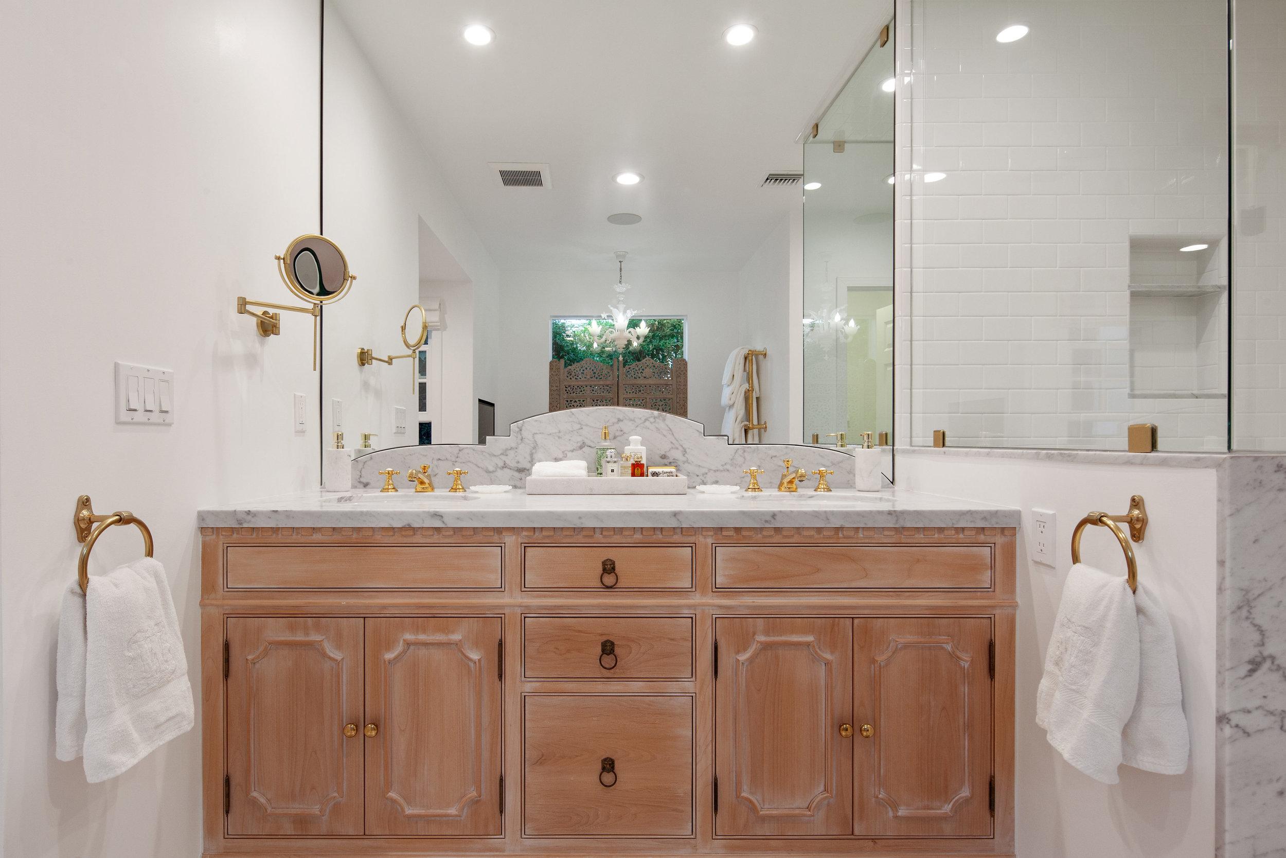 11630 Acama St Studio City CA-print-018-23-Master Bathroom-4200x2800-300dpi.jpg