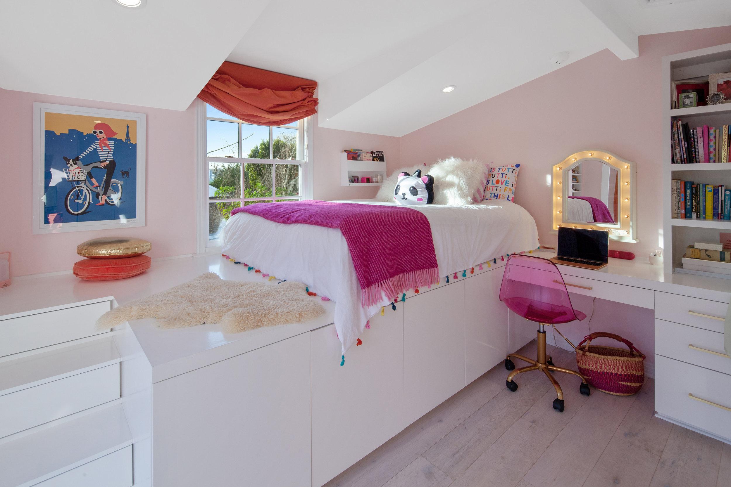 11630 Acama St Studio City CA-print-024-22-Bedroom-4200x2800-300dpi.jpg