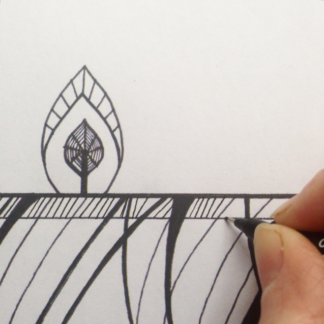 Mindful Colouring-In: Christmas Candle Decoration  zen tangles wendy ann greenhalgh