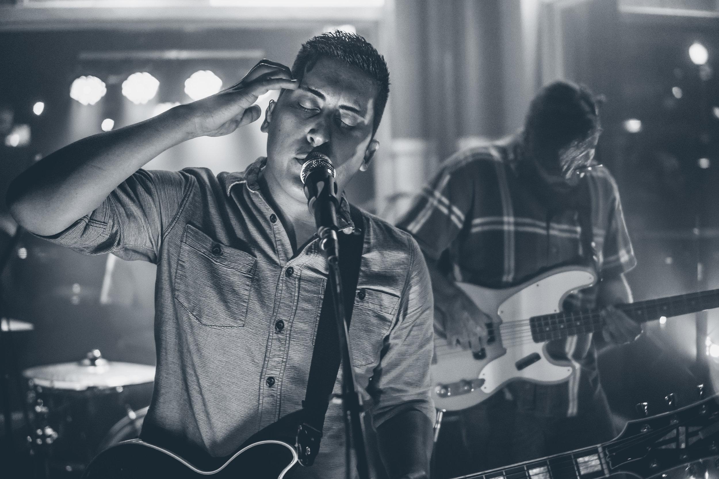 FM Pilots - Tulsa Rock Band - at Inner Circle Vodka Bar 090916-8.jpg
