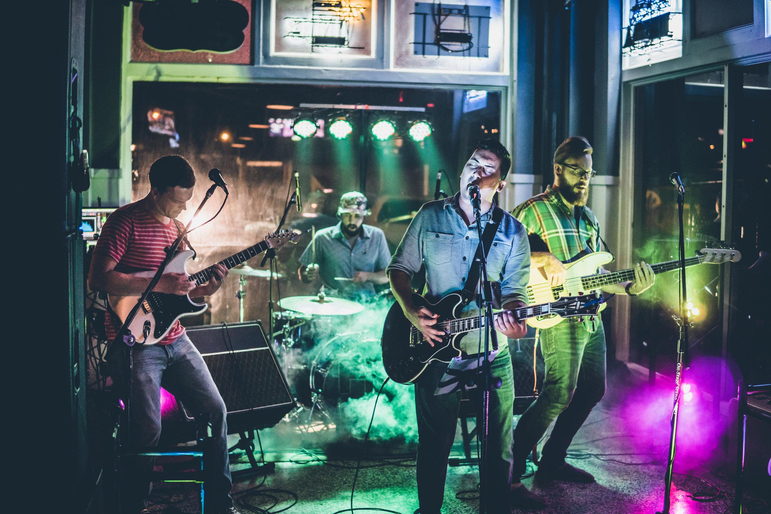 FM Pilots - Tulsa Rock Band - at Inner Circle Vodka Bar 090916-2.jpg