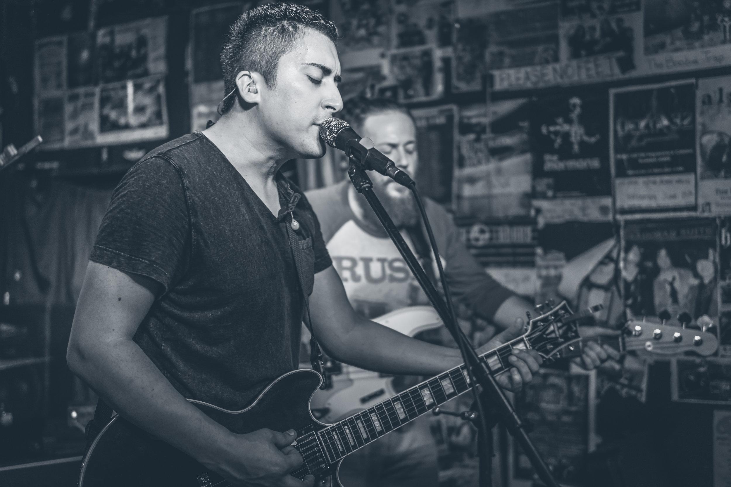 FM Pilots - Tulsa Rock Band - The Boobie Trap Bar Topeka, KS 070916-9.jpg