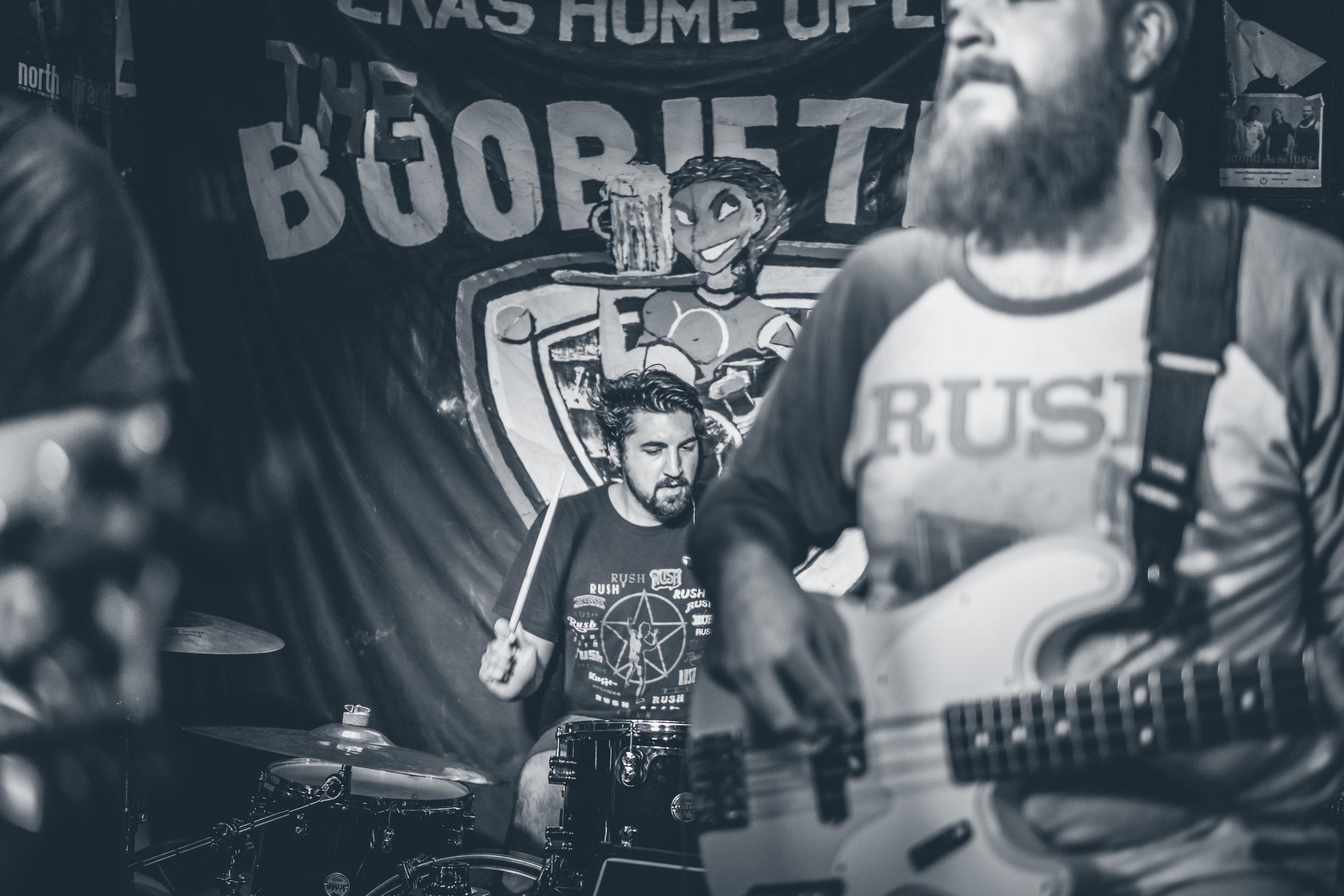 FM Pilots - Tulsa Rock Band - The Boobie Trap Bar Topeka, KS 070916-4.jpg