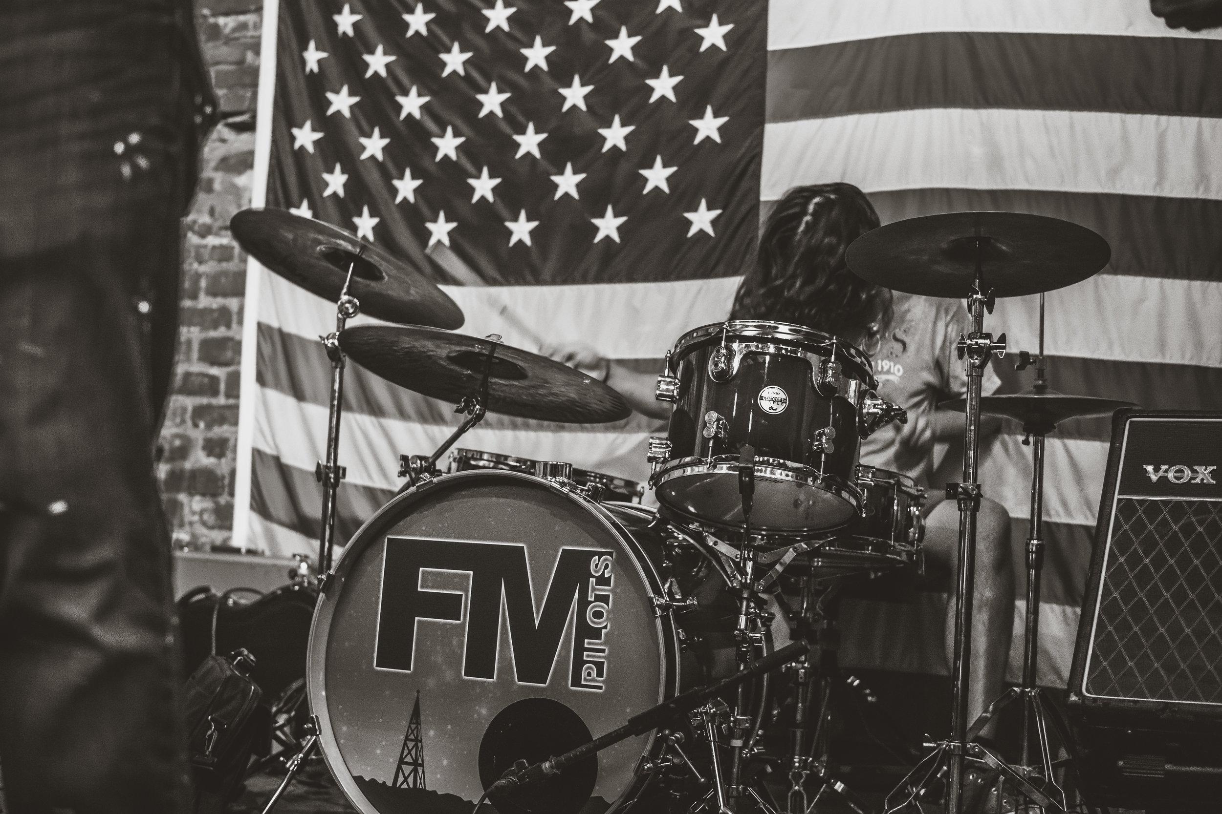 FM Pilots - Tulsa Rock Band - The Hunt Club Tulsa, OK 061016-14.jpg