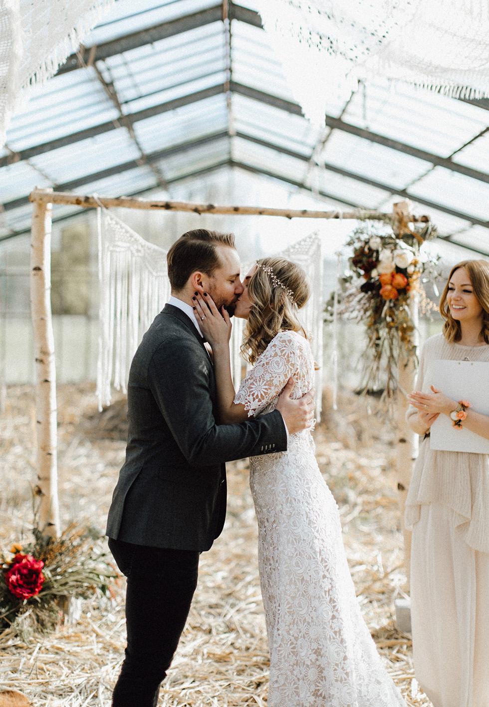 Traumanufaktur_Schloss_Diersford_Bohemian_Wedding_Boho_Hochzeit_Hochzeitsfotograf_053.jpg