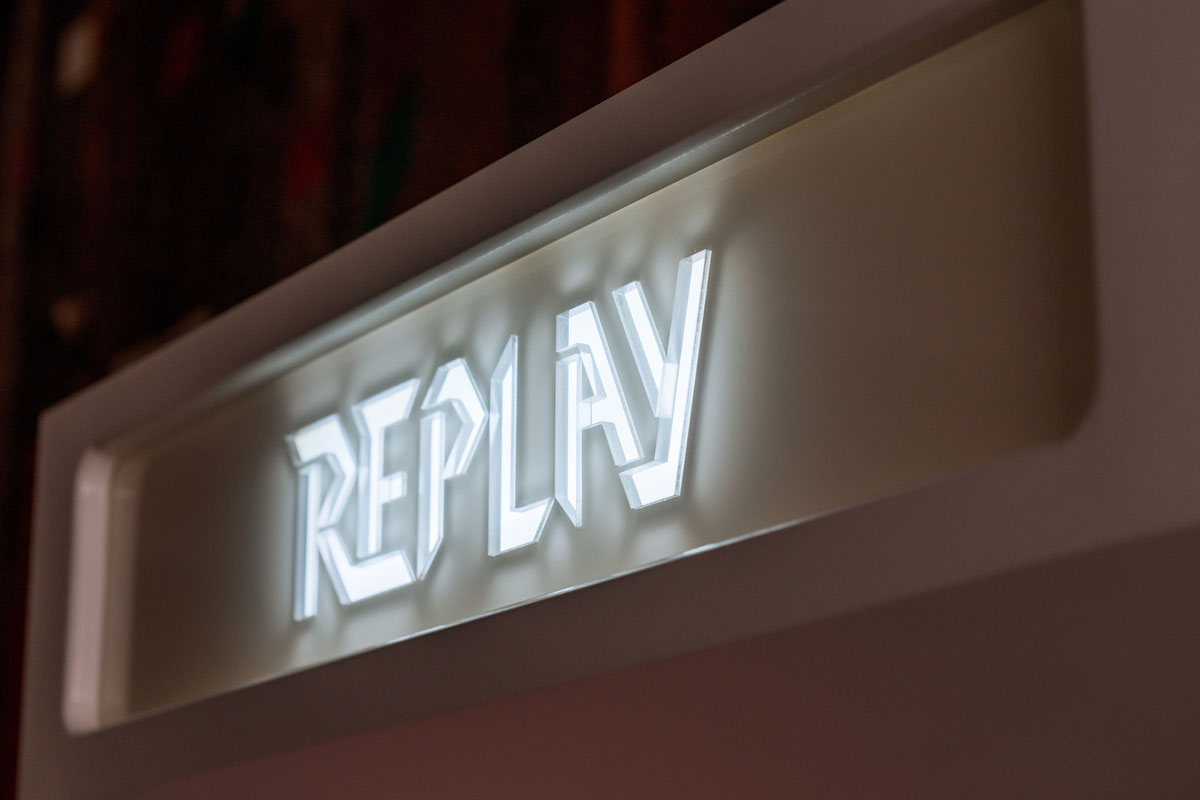 Replay_arcade_P1_5_1200.jpg