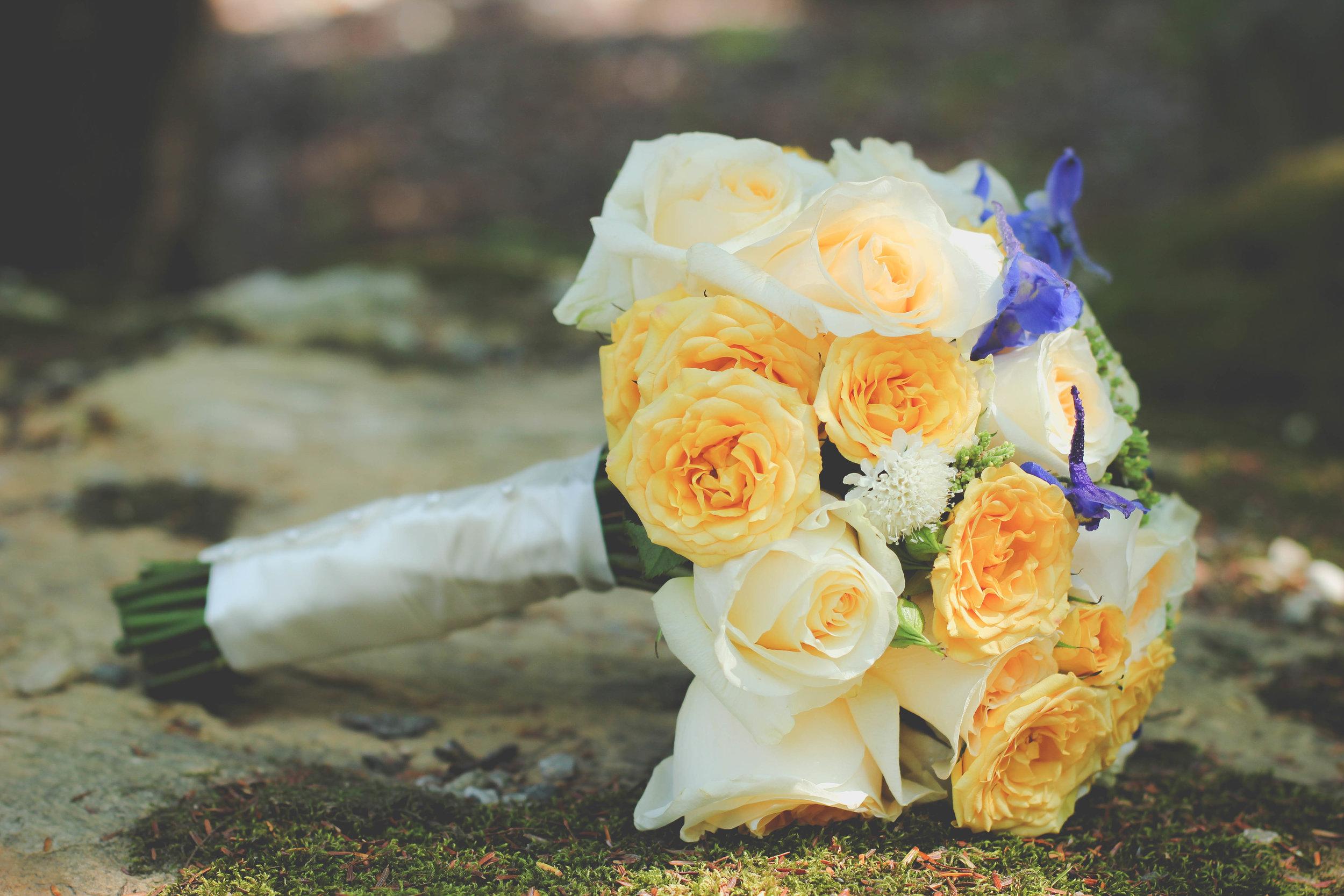 Bride Bouquet Moss.jpg