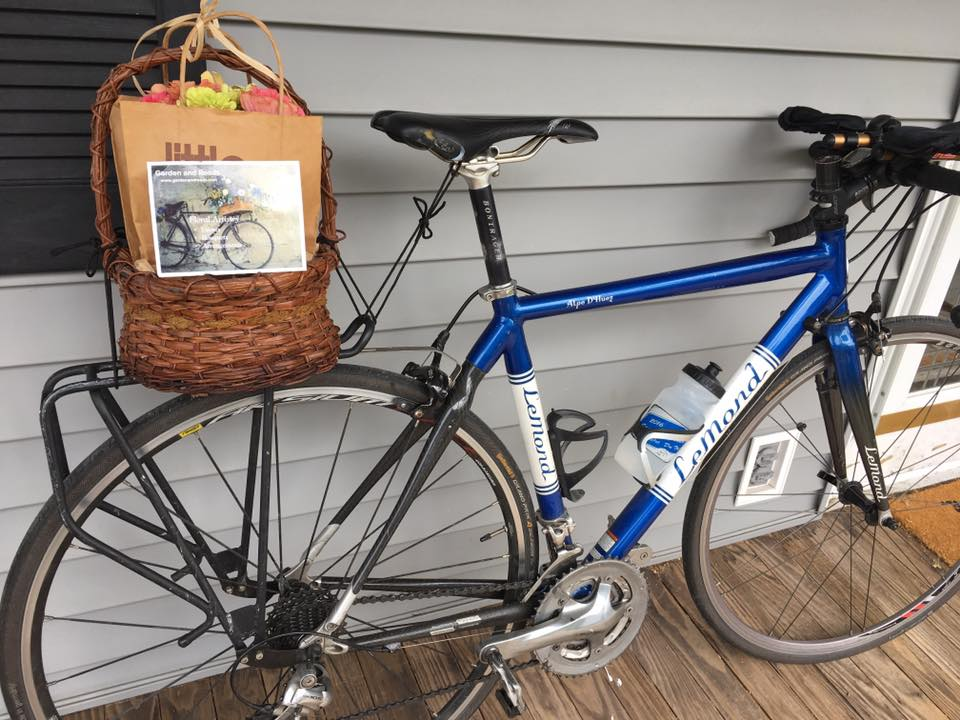 Bike Flower Delivery1.jpg