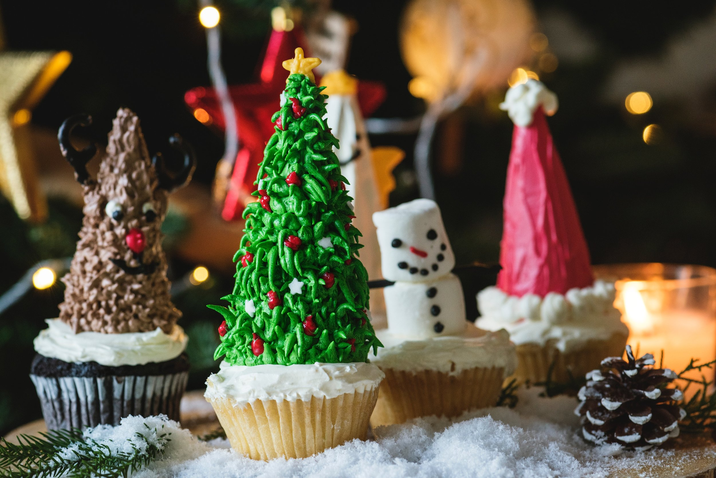 Christmas Cakes APL