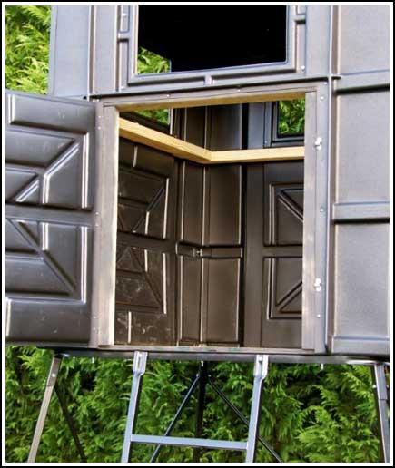 4X4 Box Blind Inside.jpg