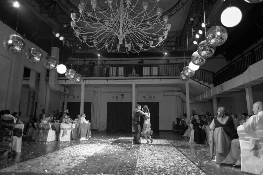 fotografo-de-casamientos-bodas-en-buenos aires-capital-argentina-imagenes-uriel-luongo-urielluongo.com-fotoperiodismo-basilica-san antonio de padua-mora prado-eventos (39 de 44)