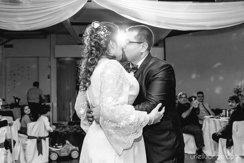 uriel-luongo-imagenes-fotografo-casamientos-buenos-aires-argentina-casamiento-villa-ballester-046