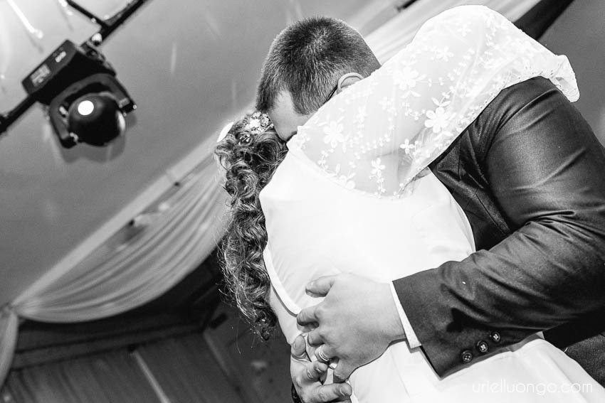uriel-luongo-imagenes-fotografo-casamientos-buenos-aires-argentina-casamiento-villa-ballester-047