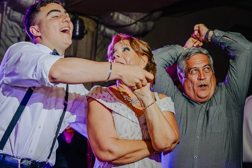 uriel-luongo-fotografo-de-casamientos-en-buenos-aires-argentina-imagenes-de-bodas-visual-weding-photographer-storyteller-fujifilm-shooter-167.jpg