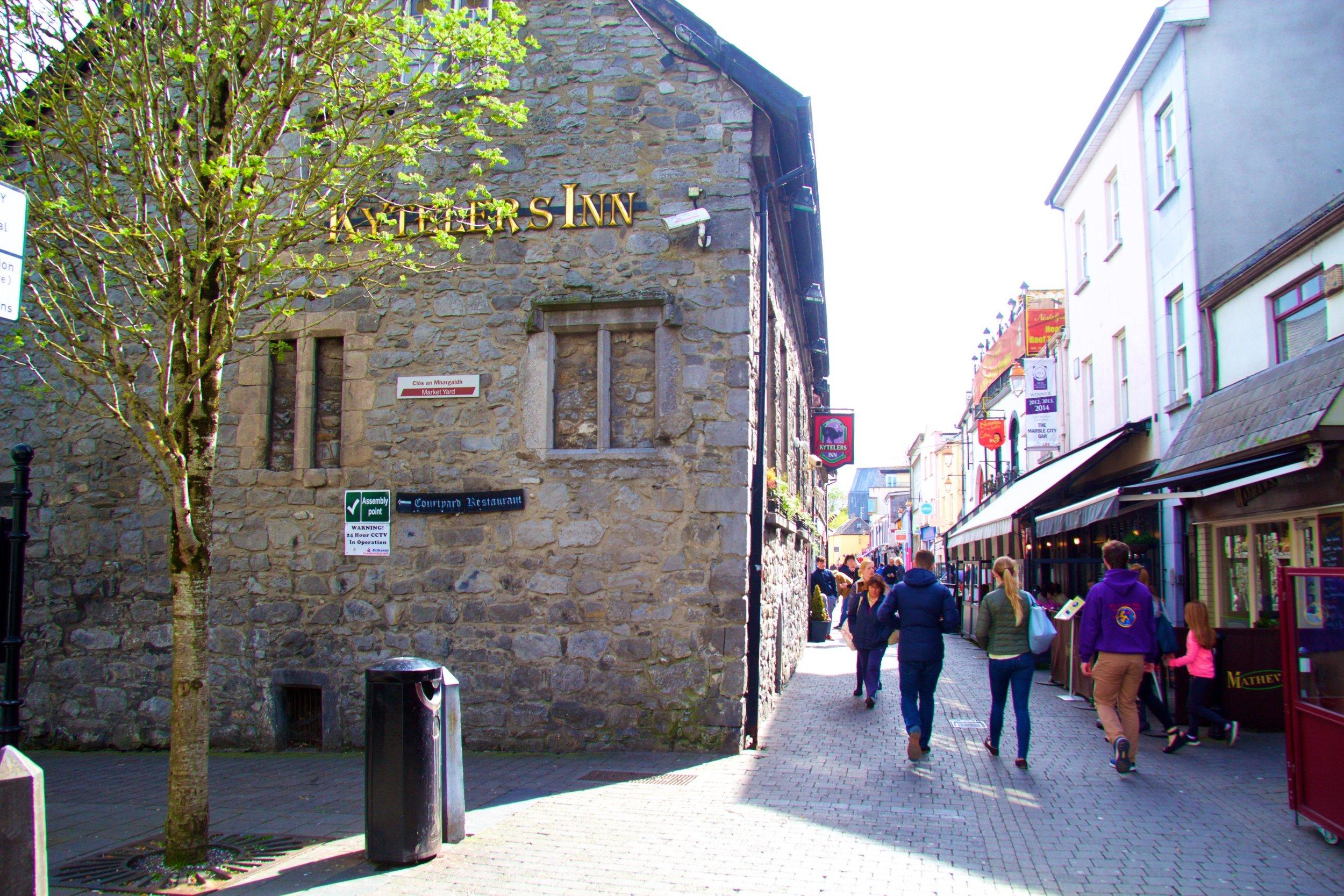 Kilkenny speed dating, meet Kilkenny singles, Kilkenny looking