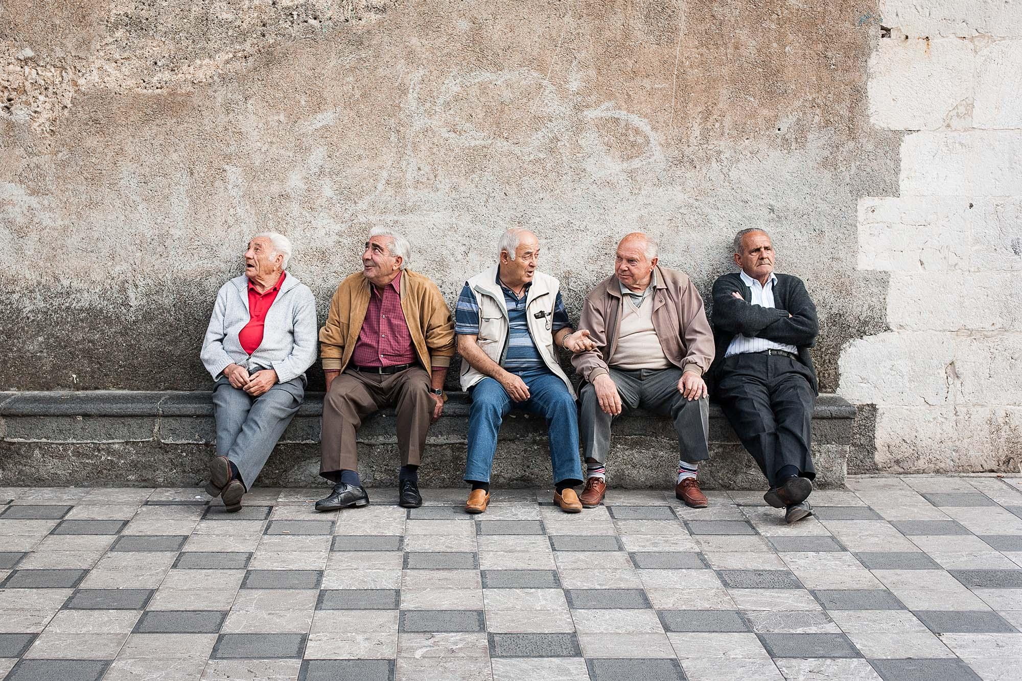 Elderly gentlemen, Sicily