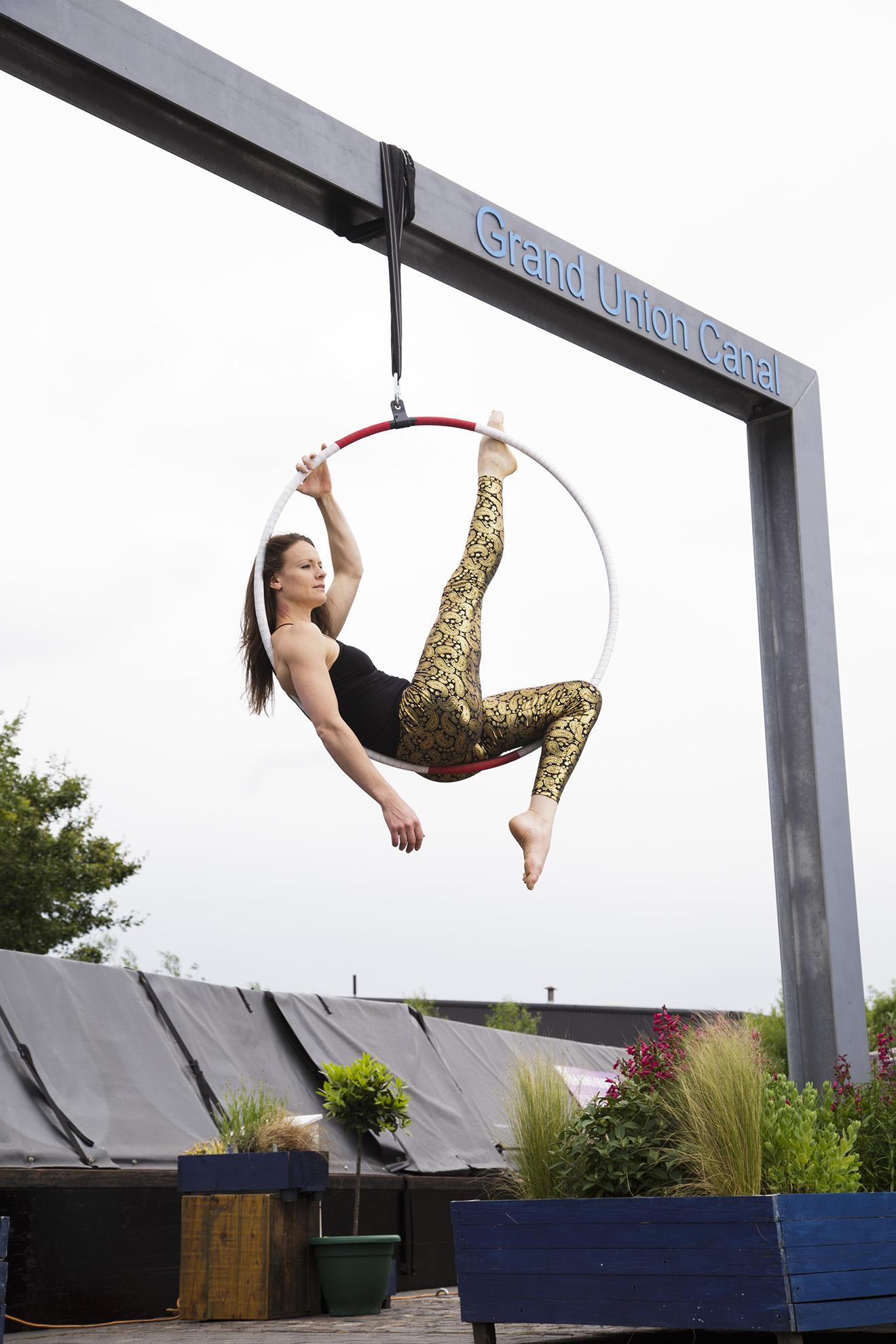 Rogue Play, aerial circus