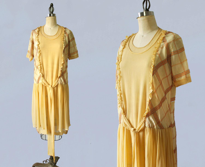 Yellow silk dress. 1920s.