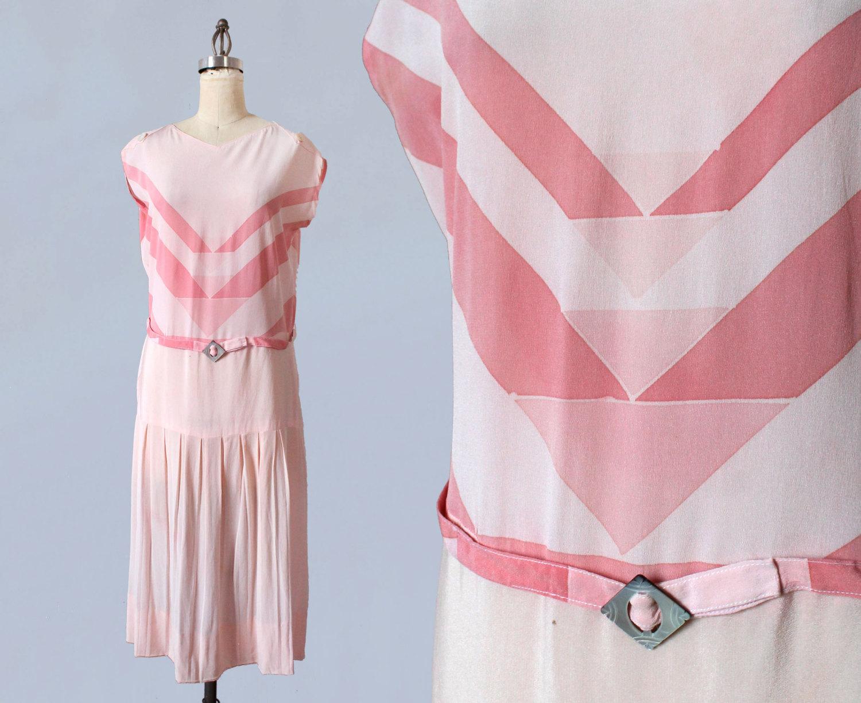 Deco silk dress. 1920s.