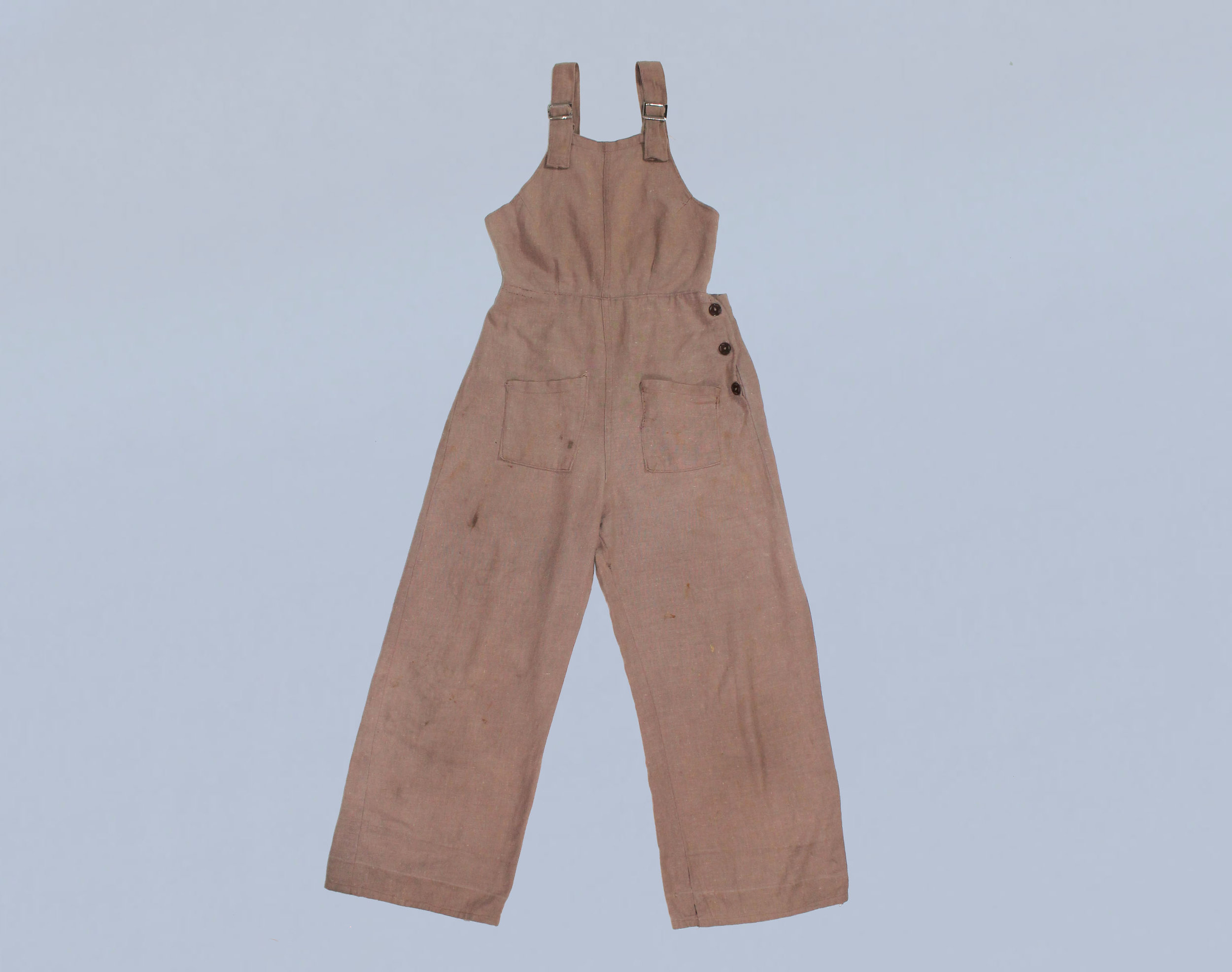Cotton overall jumpsuit with open back, 1930s-1940s