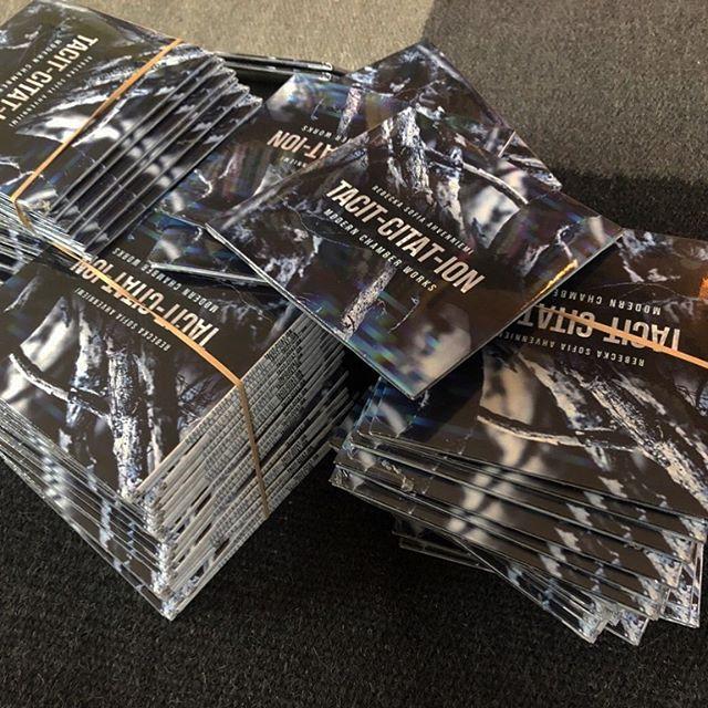 Albumene har kommet, og vi er snart klare til plateslipp! 💽  I morgen 17:00 på Biblioteket bar!