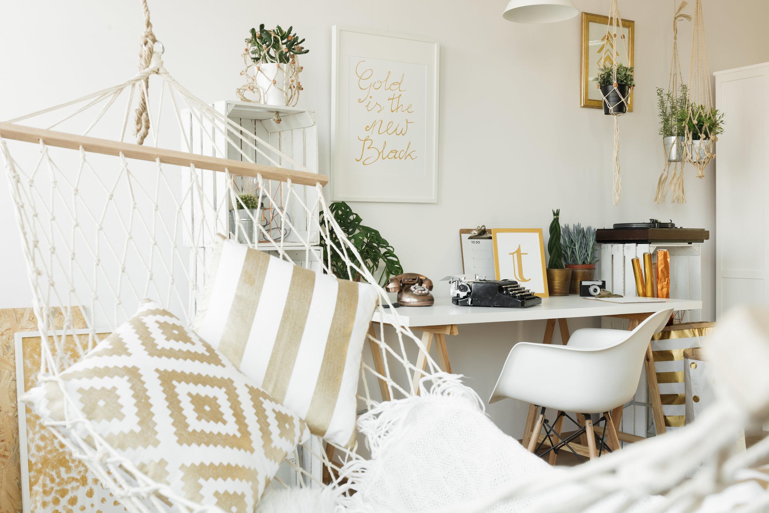 white-hammock-with-pillows-PR83MLC.JPG