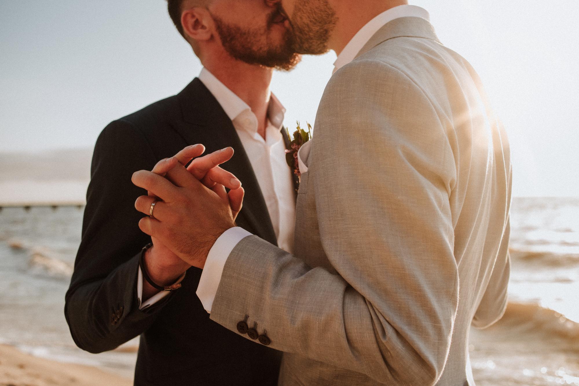 jessica-howard-photography-sean-alessandro-wedding-day-web-360.jpg