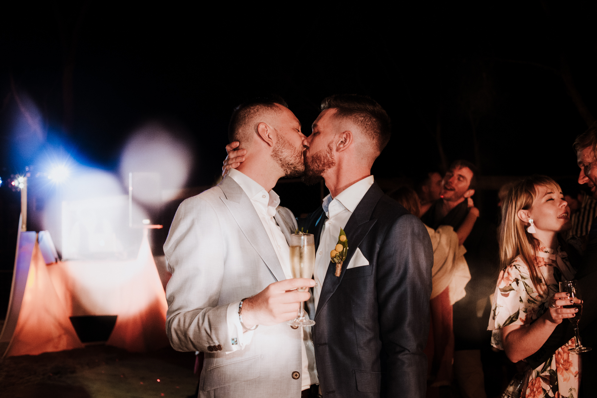 jessica-howard-photography-sean-alessandro-wedding-day-web-547.jpg