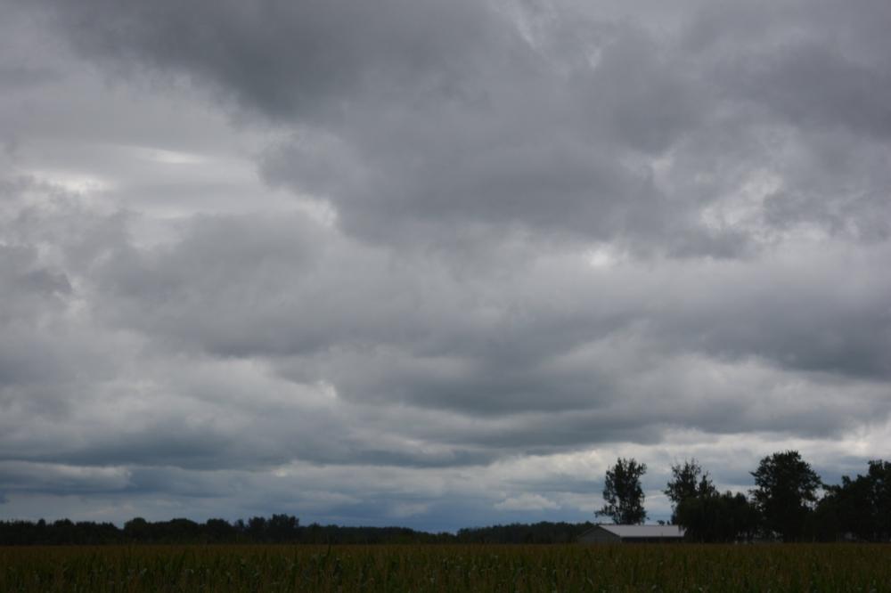 cloudsdark.jpg
