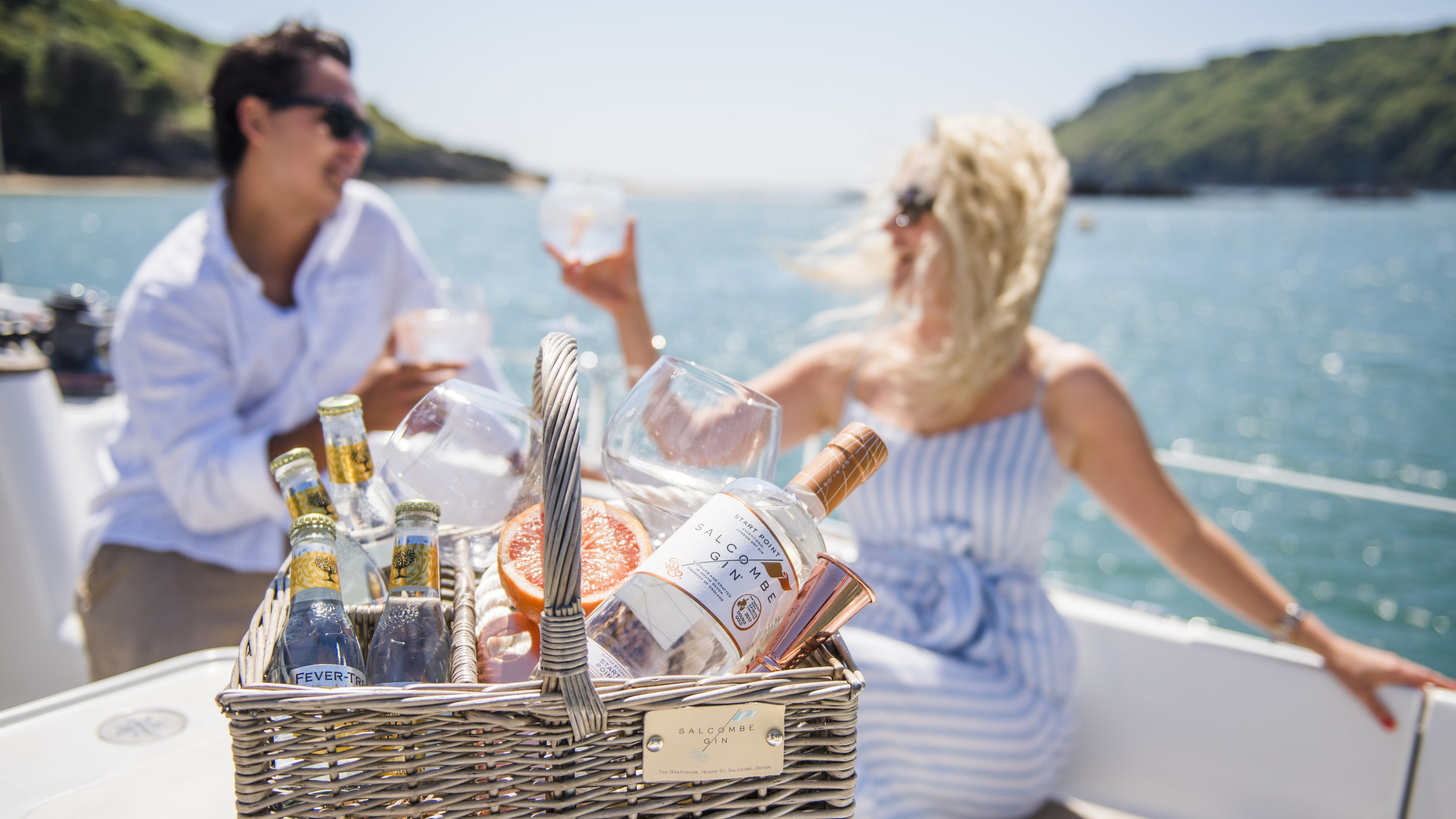 Yacht delivery service -
