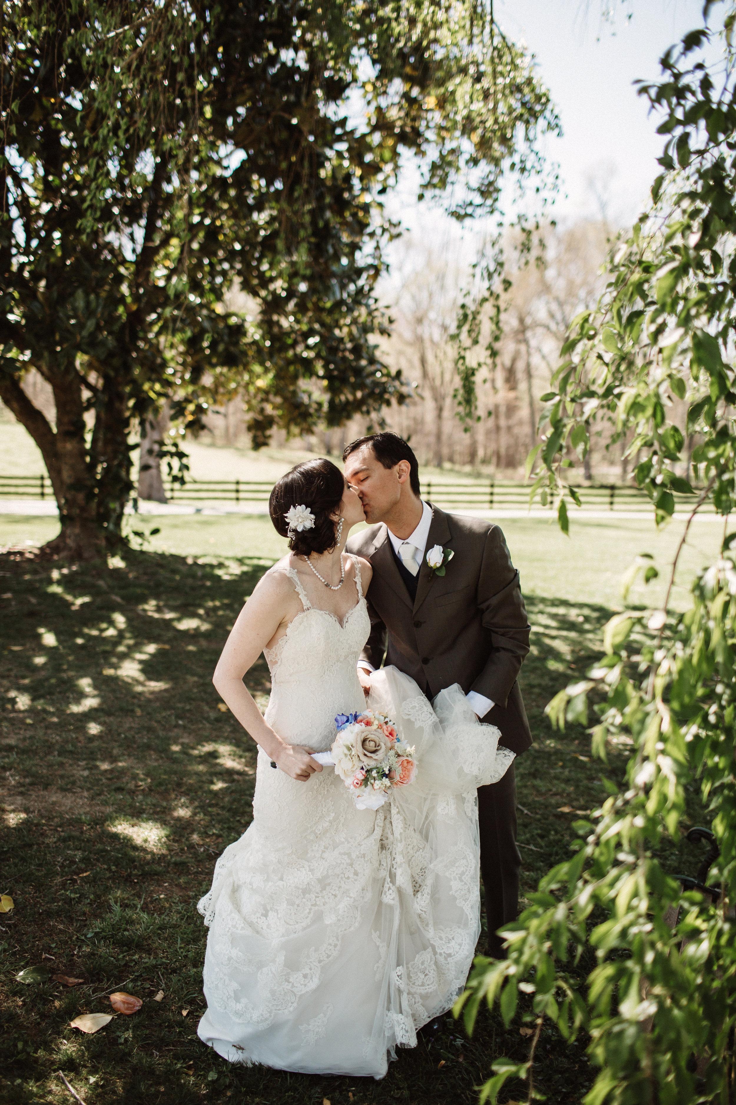 Diane&JoeMarried472.jpg