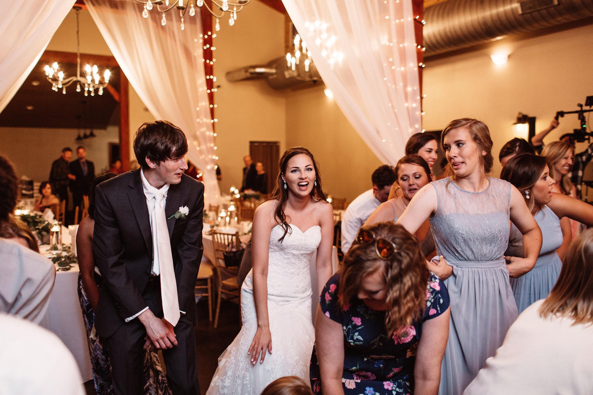 Chloe&CameronMarried1098.jpg
