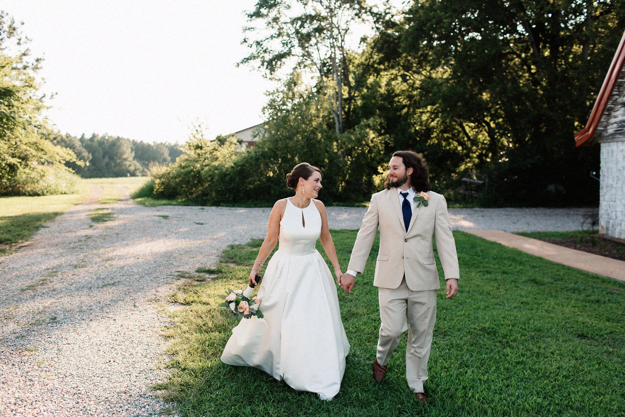 Lindsay&JoshMarried2017-08-31at19.08.10PM190.jpg