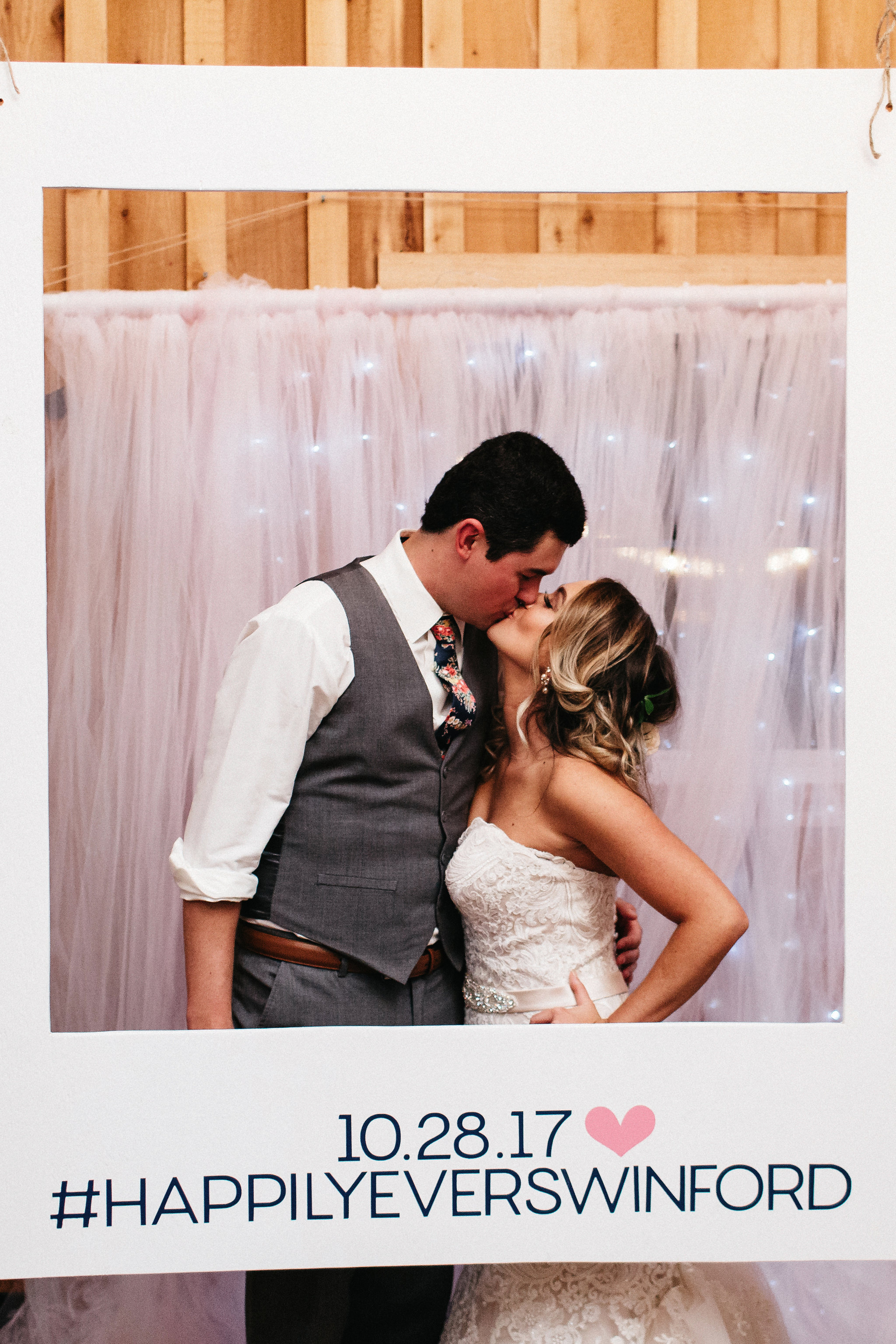 Ashley&NathanMarried2017-11-10at19.26.56PM66.jpg