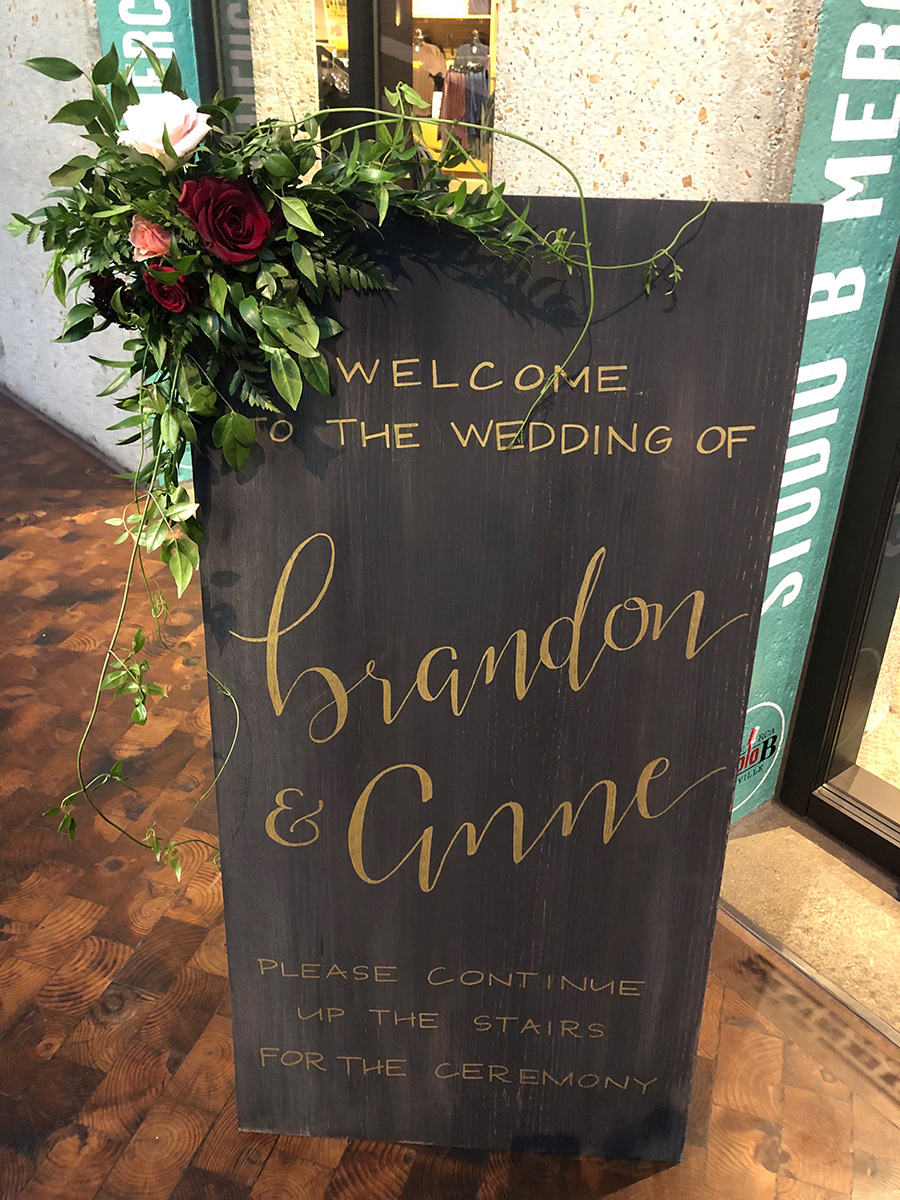 anne and brandon welcome sign x900.jpg