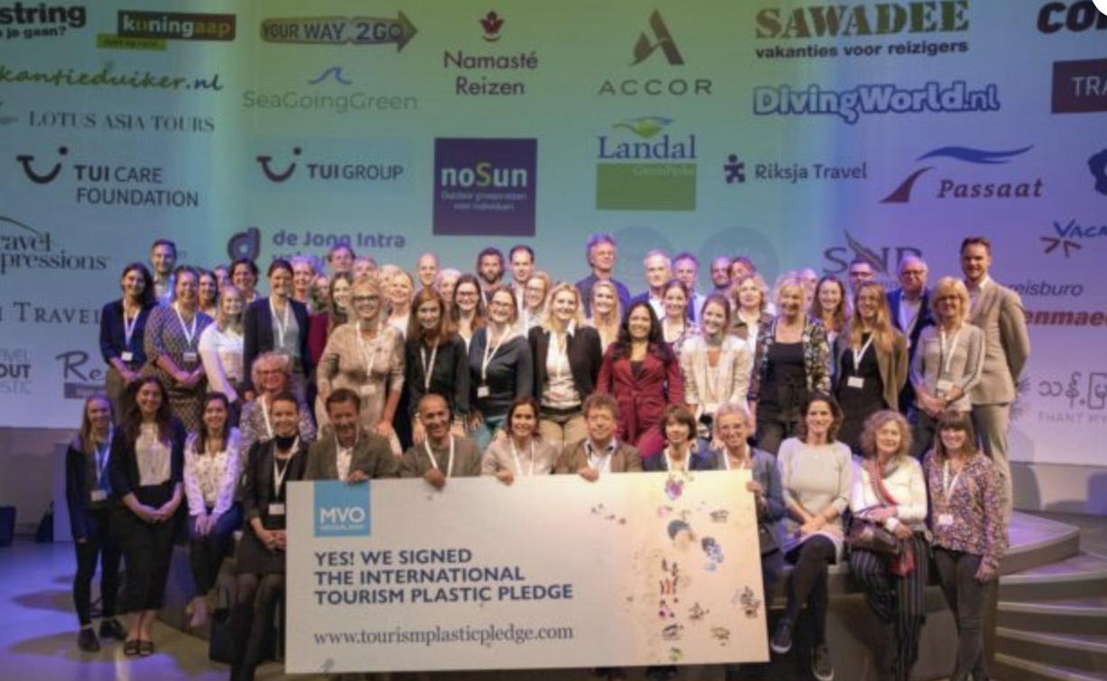 plastic pledge sea going green MVO TUI ANVR sustainability oceans