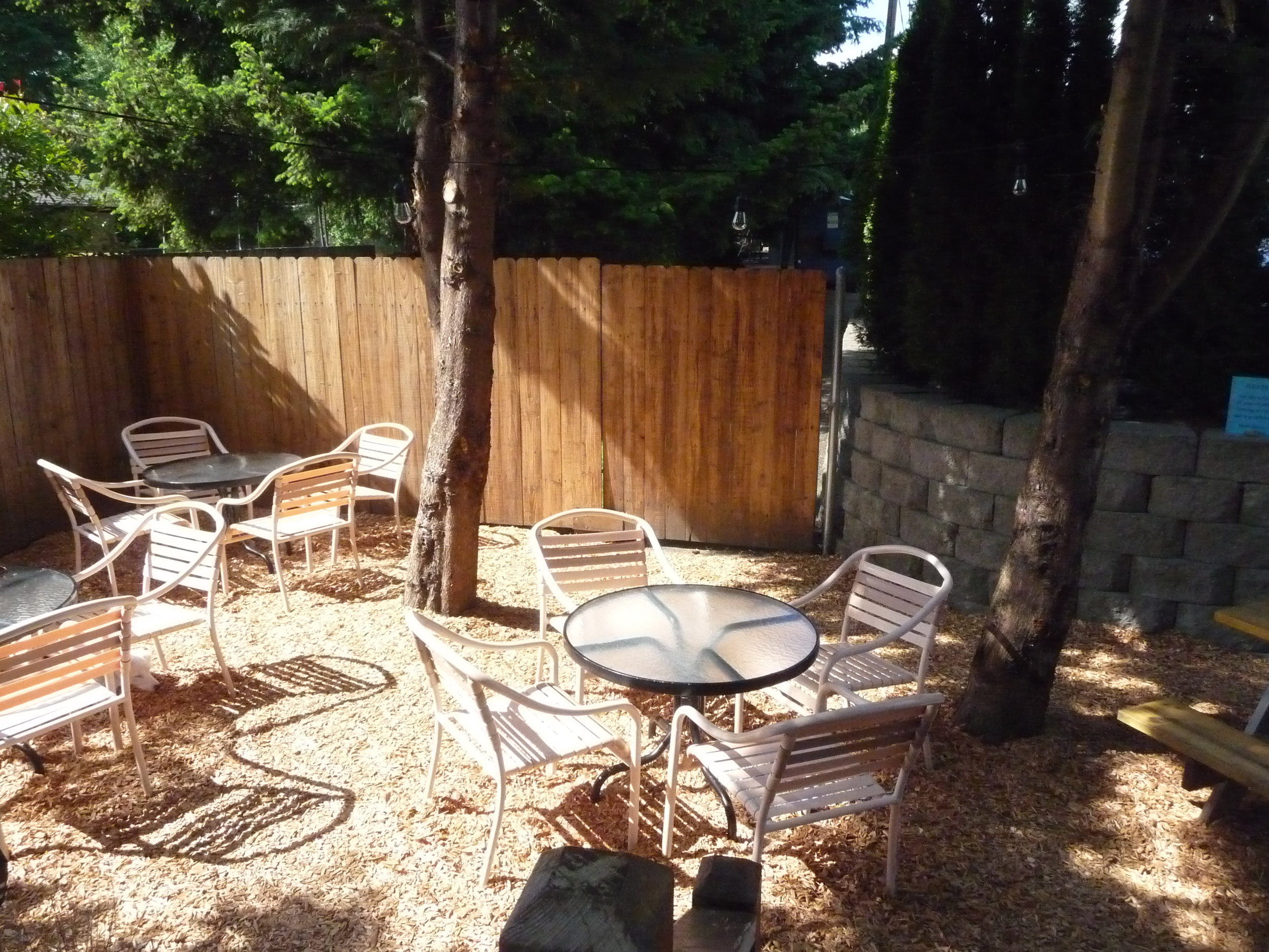 Outdoor seating at Farrar's Bistro-a great spot in the Felida neighborhood.