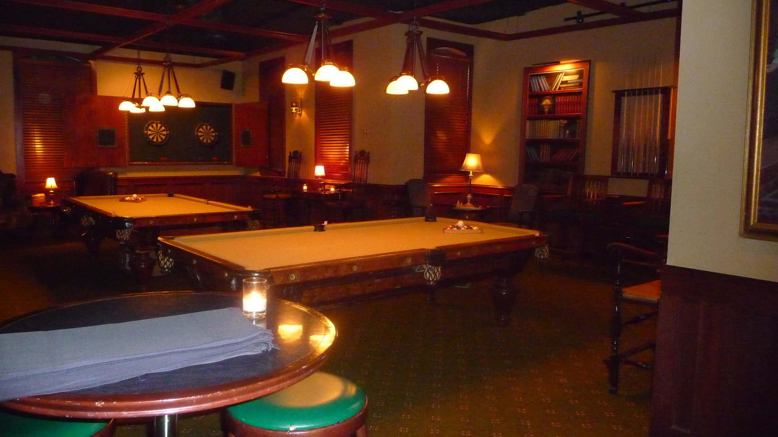The second, more intimate, pool room at Uptown Billiards. Fun to reserve a table by the hour for date night or a group of friends in a well-appointed restaurant and lounge.